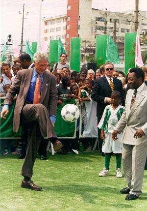 Pele-Clinton_1997